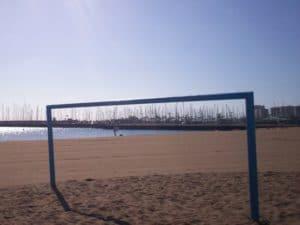 Alcaravaneras beach