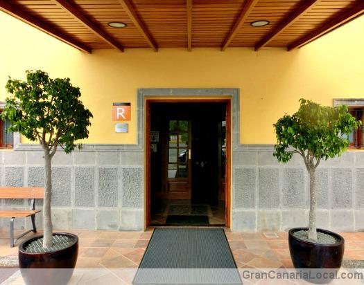 Restaurante Arcos de la Laguna main door