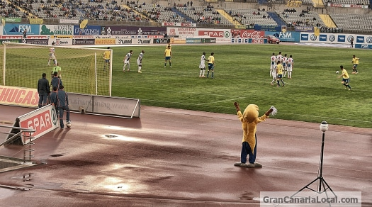 Hercules CD don't look like ruffling the feathers of UD Las Palmas' mascot