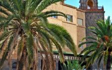 Las Palmas de Gran Canaria's Colegio Teresiano offers a fine Gran Canaria education