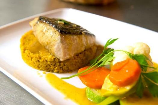 Gran Canaria restaurants specialize in seafood, such as Las Palmas de Gran Canaria's Nautilo,