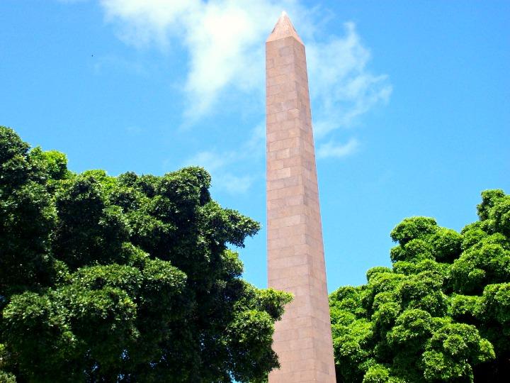 Las Palmas Obelisk monument