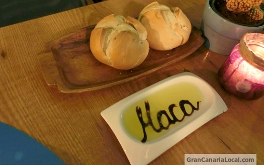The bread and dipping oil at La Macarena