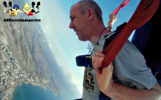 Skydiving in Gran Canaria allows you to see the island from a whole new angle