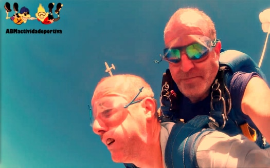 Skydiving in Gran Canaria makes you look like you're gurning