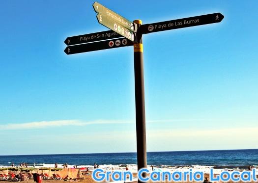 Signpost on San Agustín's promenade