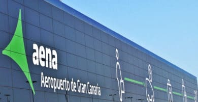 Gran Canaria airport outside