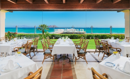 You'll admire the vista at Gran Hotel Atlantis Bahía Real
