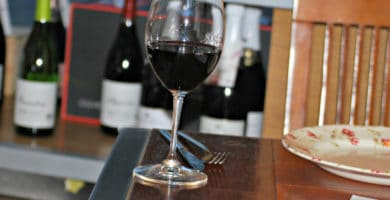 Drink your way around Spain at Enoteca El Zarcillo